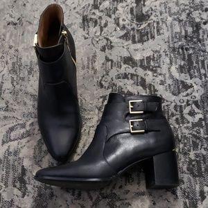 Calvin Klein Florine booties